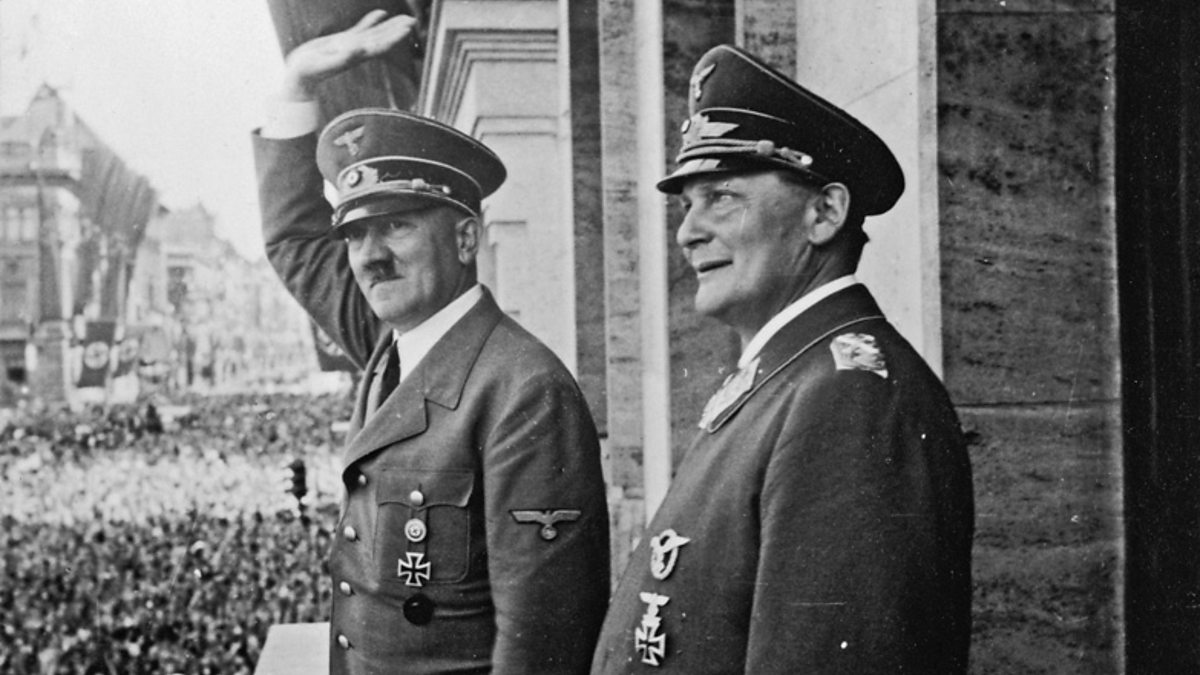 life of adolf hitler Adolf hitler, the leader of germany's nazi party, was one of the most powerful and notorious dictators of the 20th century hitler capitalized on economic woes, popular discontent and political.