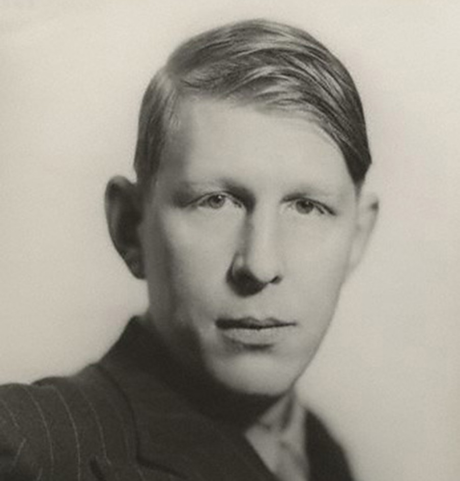 a biography of w h auden Enjoy the best w h auden quotes at brainyquote quotations by w h auden,  english poet, born february 21, 1907 share with your friends.